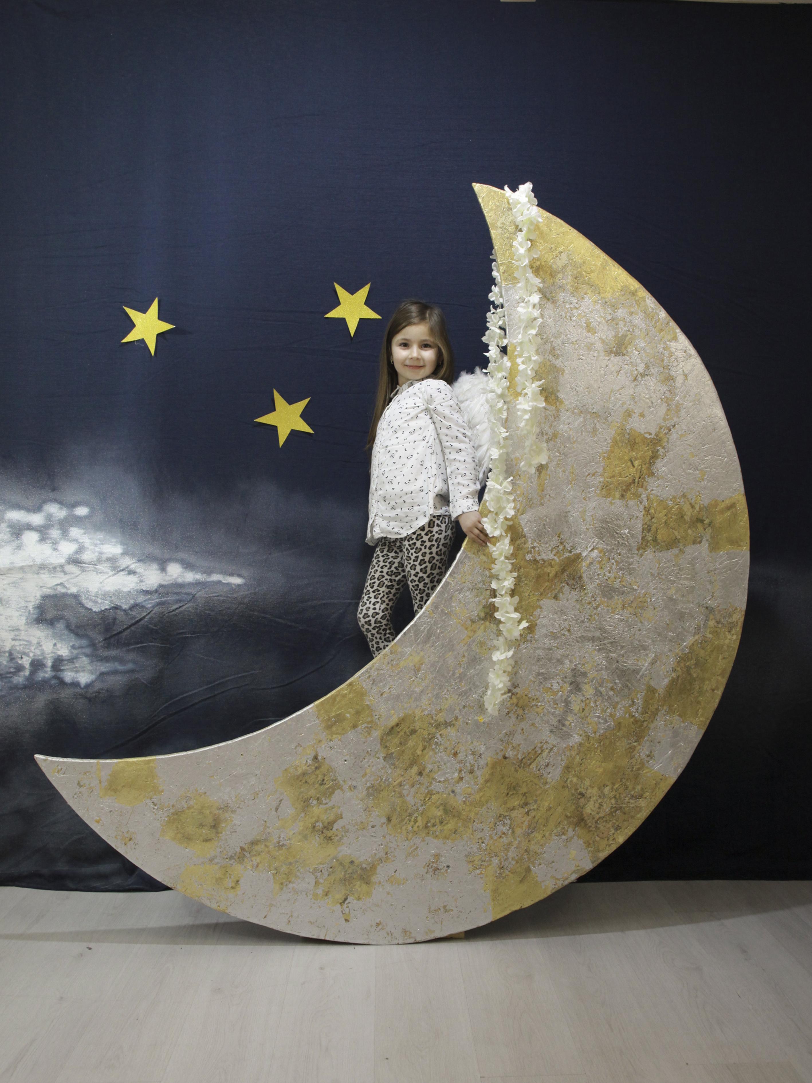 Foto con la luna ESCAPE='HTML'